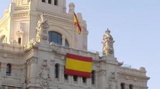 PP Y Ciudadanos ceden ante Vox y colocan una bandera de España en el Ayuntamiento de Madrid
