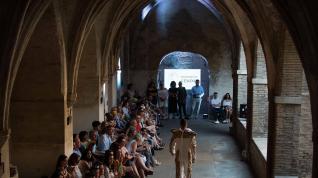 Moda y religión comulgan en el Santo Sepulcro
