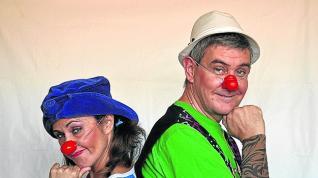 Los espectáculos a la fresca llenan la noche aragonesa de magia, circo y música