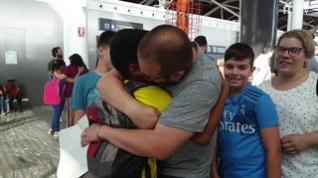 Unos 150 niños saharauis llegan a Zaragoza para pasar el verano con familias de acogida