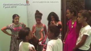 Recepción de niños saharauis en el Ayuntamiento de Zaragoza