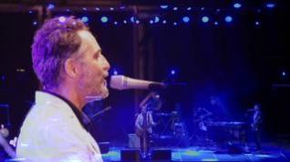 Jorge Drexler despide a su banda en Pirineos Sur con un concierto entregado a la fiesta