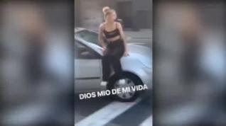 500 euros de multa por pasear a una joven en el capó de un coche