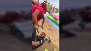 El vendedor que apuñaló a un policía en Punta Umbría tiene antecedentes penales