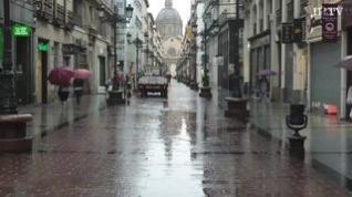 Zaragoza amanece con lluvia y con una bajada de temperaturas