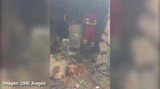 Miembros de la UME de Aragón rescatan dos perros en Gran Canaria