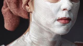 Algunos cuidados naturales para las pieles grasas