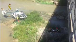 Rescatan a un hombre que cayó al río desde un puente en Fraga