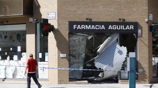 Detenido un conductor ebrio tras empotrarse contra una farmacia en Santa Isabel