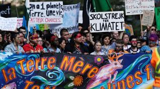 Greta Thunder encabeza la masiva manifestación contra el cambio climático en Montreal.