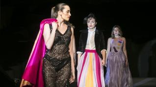 La moda inspirada en Goya se hace hueco en la plaza del Pilar
