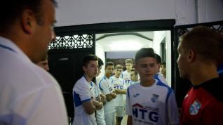 El equipo juvenil de la Escuela de Fútbol Base Calatayud, en la ciudad deportiva bilbilitana