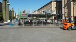 Comienza el montaje de la estructura metálica para la Ofrenda de Flores en Zaragoza