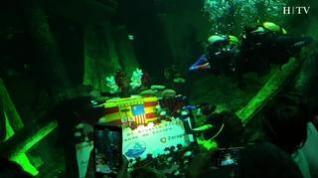 El Acuario de Zaragoza vuelve a ser escenario de una ofrenda subacuática a la Virgen del Pilar