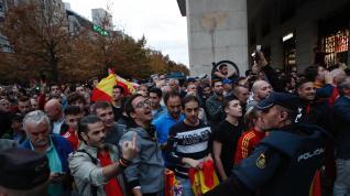 Concentraciones en Zaragoza a favor y en contra del independentismo