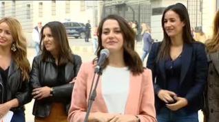 Inés Arrimadas anuncia que está esperando su primer hijo