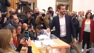 """Casado pide a los ciudadanos acudir a votar """"masivamente"""" para """"desbloquear la situación"""""""