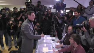 """Rivera anima a los """"indecisos"""" a votar para que no ganen los """"extremos"""""""