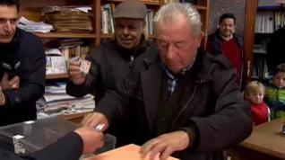 Los vecinos de un pueblo de La Rioja baten su propio récord y votan en sólo 32 segundos
