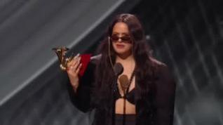Rosalía arrasa en los Grammy Latinos