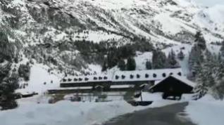 La nieve ya tiñe de blanco Llanos del Hospital, en Huesca