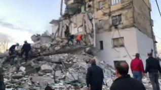Al menos cuatro muertos en Albania en el peor terremoto registrado en décadas