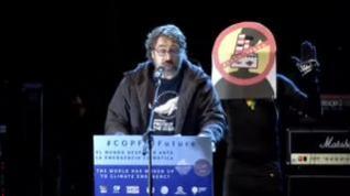 """Javier Bardem llama """"estúpido"""" al alcalde de Madrid y luego se disculpa"""