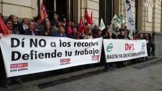 Trabajadores de la DPZ protestan por el retraso en el cobro de la nómina