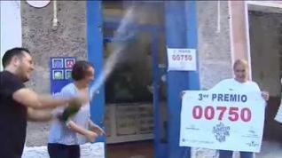 Un misterioso vecino de Mollerusa gana 18 millones de euros con 36 series del tercer premio
