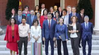 Los nuevos ministros prometen su cargo este lunes y tendrán su primer consejo el martes