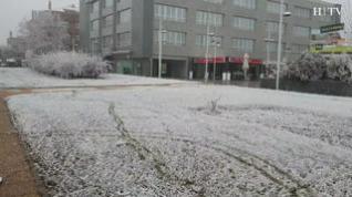 Zaragoza vuelve a amanecer... congelada