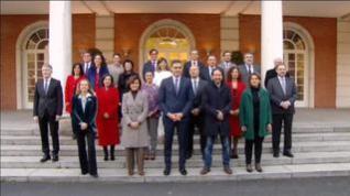 El nuevo Gobierno de coalición celebra su primer Consejo de Ministros