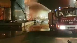 Continúa la búsqueda del trabajador desaparecido tras la explosión de la planta química de Tarragona