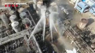 Las imágenes del complejo petroquímico de Tarragona tras la explosión, a vista de dron