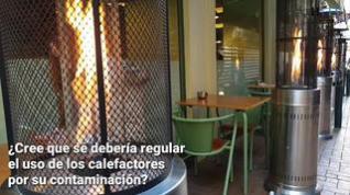 ¿Se debería regular el uso de calefactores en las terrazas?