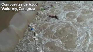 El curioso caso de los balones del Azud de Vadorrey, en Zaragoza