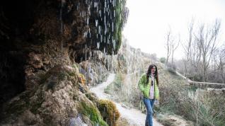 Rosa Fernández, guía turística de Anento, en el Aguallueve