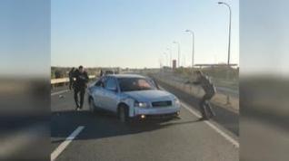 Espectacular persecución policial a un conductor en una carretera de Huelva