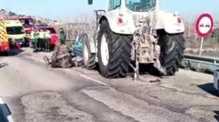 Tres muertos y cinco heridos en un accidente en la A-230 en Caspe