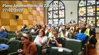 Azcón desaloja a los jardineros del pleno por interrumpir la sesión a gritos