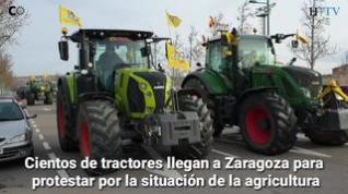 Cientos de agricultores llegan a Zaragoza para participar en la tractorada