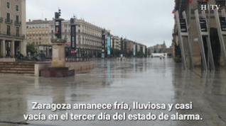 Tranvías vacíos, mascarillas y distancias reglamentarias... así ha amanecido Zaragoza
