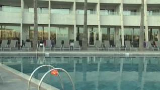 El Gobierno ordena cerrar todos los hoteles en el plazo de una semana