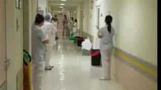 Aplausos en el Royo Villanova de Zaragoza para despedir a las primeras altas por coronavirus