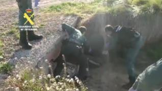 Auxiliado en Zaragoza un hombre ebrio que se cayó en bicicleta a una acequia