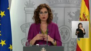Montero espera que el restablecimiento de la vida cotidiana sea tras Semana Santa