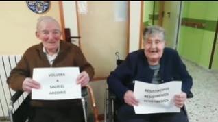 """""""Quédate hoy en casa...para que mañana podamos abrazarnos todos"""", el emotivo mensaje de los ancianos de la residencia de Alcorisa"""