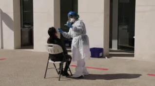 Realizar test masivos es la estrategia elegida por los expertos para contener el virus