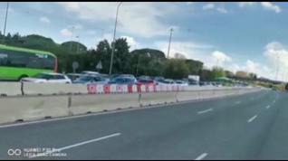 Salida masiva de vehículos durante el Estado de Alerta en víspera de Semana Santa