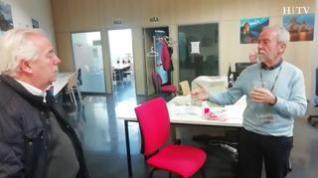 Los médicos jubilados Sánchez Miret y Granados reciben las llamadas de los afectados por coronavirus